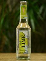 Die Verpackung des White Blossom - Lime verspricht ein fruchtig prickelndes Geschmackserlebnis.