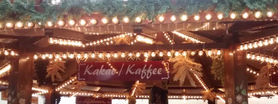 Eisbahn Mainz: Eislaufen, Currywurst + Spaß! Öffnungszeiten, Eintritt, Preise