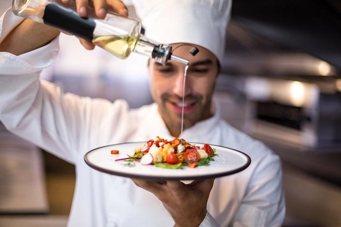 Vergleiche sind nützlich, denn sie relativieren Behauptungen und Bewertungen. Wenn man also wirklich das beste Restaurant überhaupt finden möchte, sollte man sich ganz auf den eigenen Geschmack verlassen und das machen, was Restaurant-Guides schon immer tun: Testen und Vergleichen. (#03)