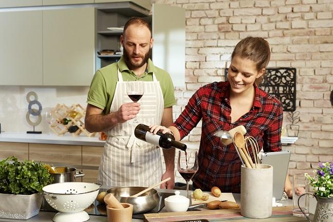 """Wer dieses Angebot der """"digitalen Kochschule"""" nutzen will, braucht zunächst nichts weiter zu tun, als sich anzumelden und ein Profil inkl. Foto anzulegen.(#01)"""