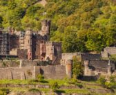Regionale Köstlichkeiten und mittelalterliches Ambiente auf Burg Reichenstein nahe Mainz
