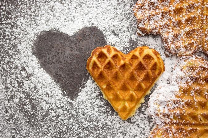 Herzige Waffeln zur Winterzeit – backen Sie einfache Desserts für die ganze Familie! (#07)
