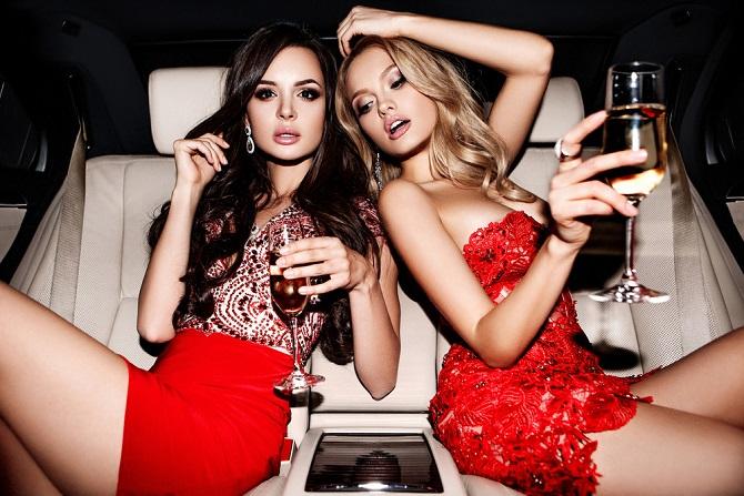 Vorsicht allerdings vor billigen Schaumweinen: Sie haben weder das Aroma noch die Klasse der guten Champagnersorten, die sich vollmundig an den Gaumen schmiegen und für das besondere Geschmackserlebnis sorgen. (#03)