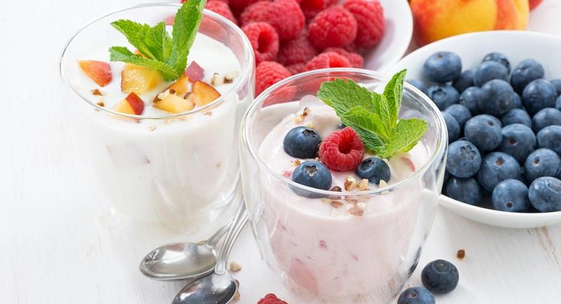 Schnelle Gerichte Joghurt mit Früchten (#07)