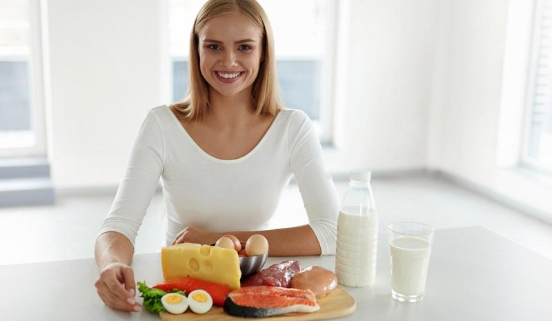 Veganer können auch ihren Proteinbedarf mit rein pflanzlicher Nahrung decken und es ist davon auszugehen, dass der tatsächliche Proteinbedarf wesentlich geringer als angenommen ist. (#04)