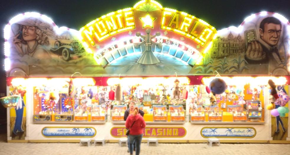 """Einarmig sind die Banditen im Mainzer """"Monte Carlo"""" nicht. Die haben sogar zwei kräftige Arme und nehmen Euros in jeder Stückzahl entgegen."""