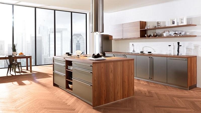 Die Beleuchtung spielt in der Küche eine sehr wichtige Rolle. Um die Küchenarbeit zu verrichten, ist eine ausreichende Helligkeit von großer Bedeutung. (#03)