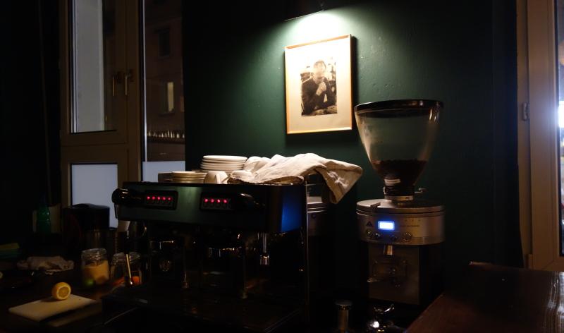 Auch Kaffee kann man hier trinken – muss man aber nicht
