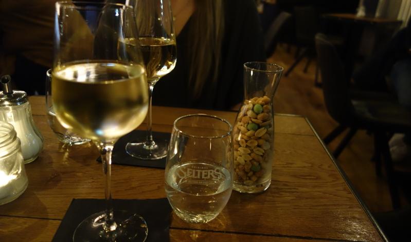 Lecker: Das Cuvée Wunderkind (trocken) vom Weingut Knewitz aus Rheinhessen
